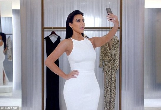 If the Kardashians can be credited with teaching us anything of value, it would be how to take a slimming selfie.